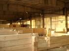 Den innledende fasen av arbeidet med laftehytte i litauisk anlegg