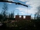 Stavlaft hytte. Montering av veggene